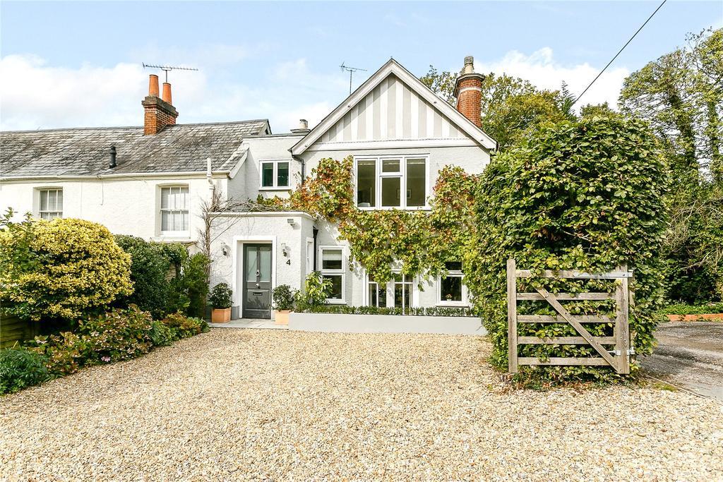 5 Bedrooms Semi Detached House for sale in Lavender Lane, Rowledge, Farnham, Surrey, GU10