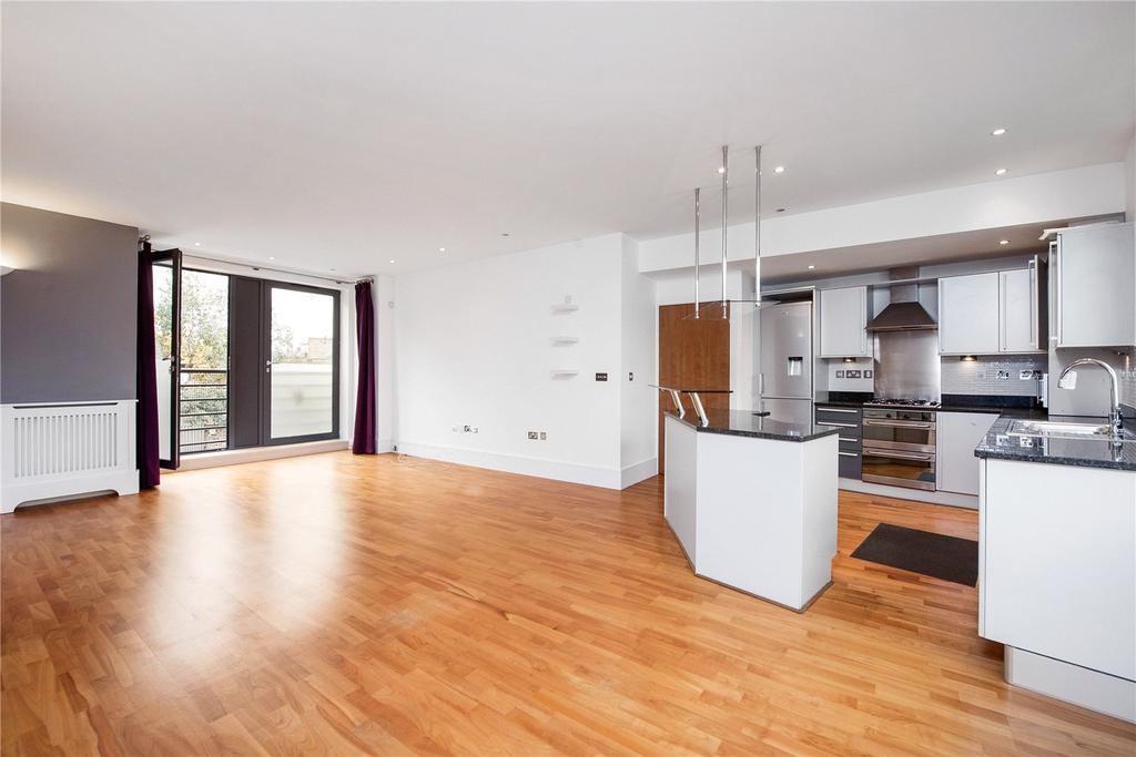 2 Bedrooms Flat for sale in Salcott Road, London, SW11