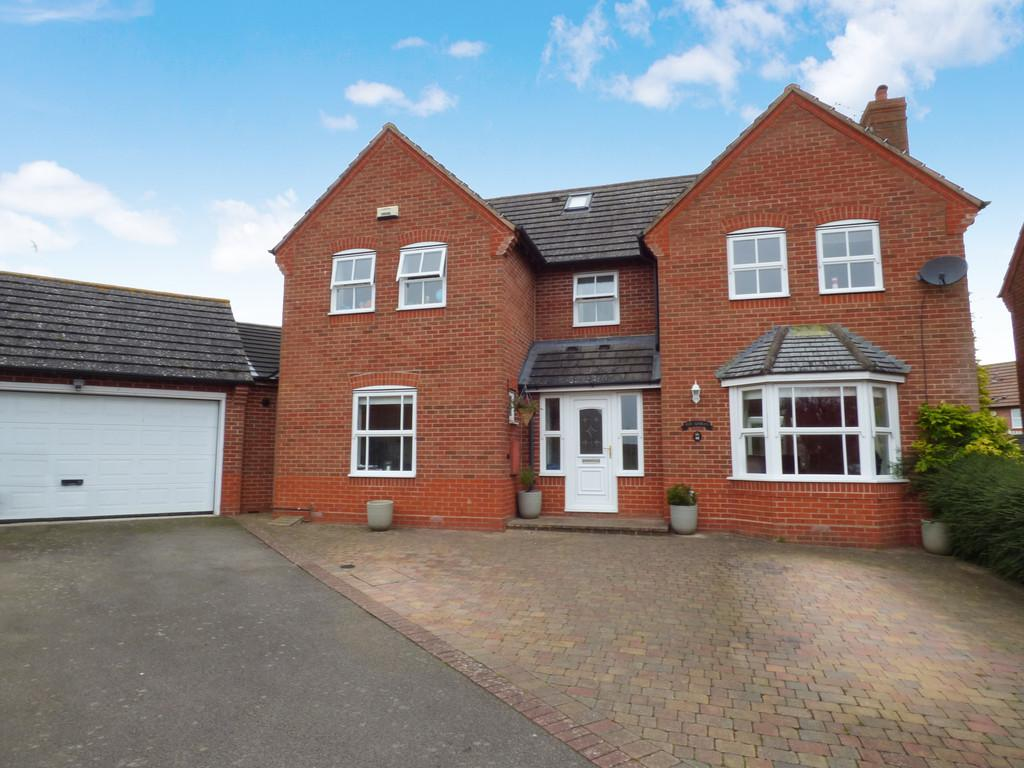 6 Bedrooms Detached House for sale in Hawthorn Way, Shipston-On-Stour