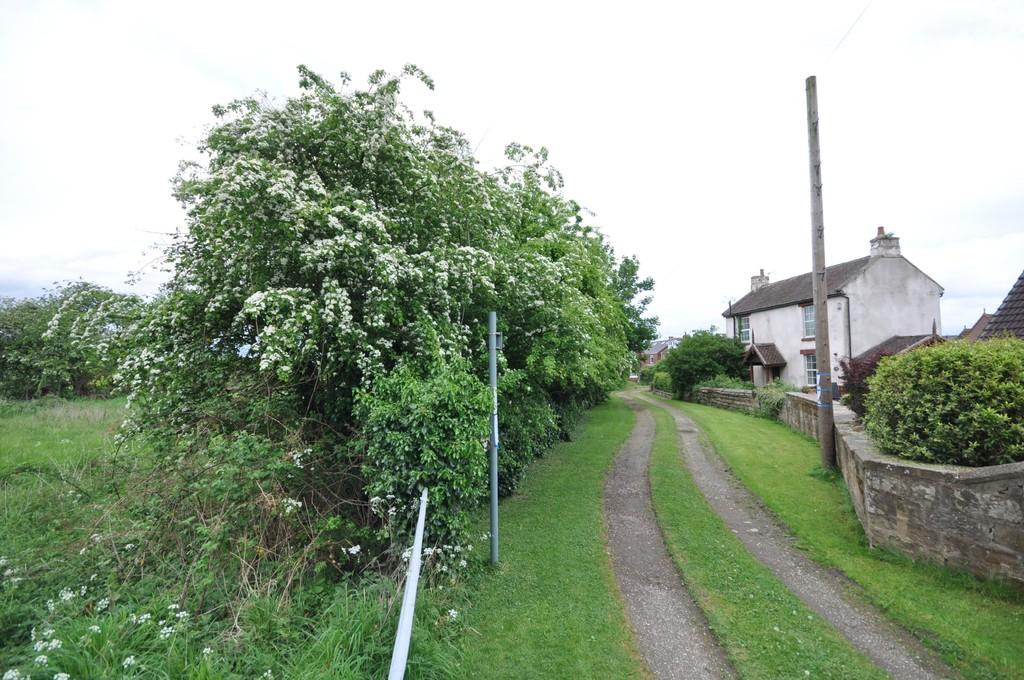 Land Commercial for sale in Westfield Grove, Ackworth