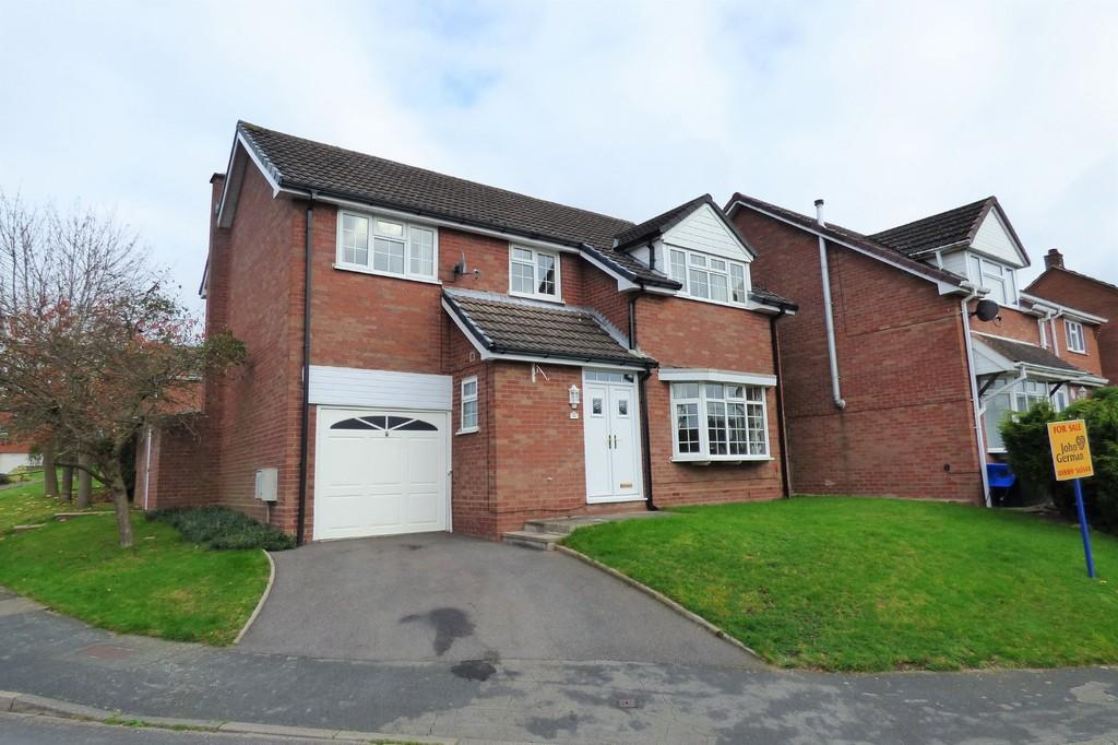 4 Bedrooms Detached House for sale in Paget Rise, Abbots Bromley