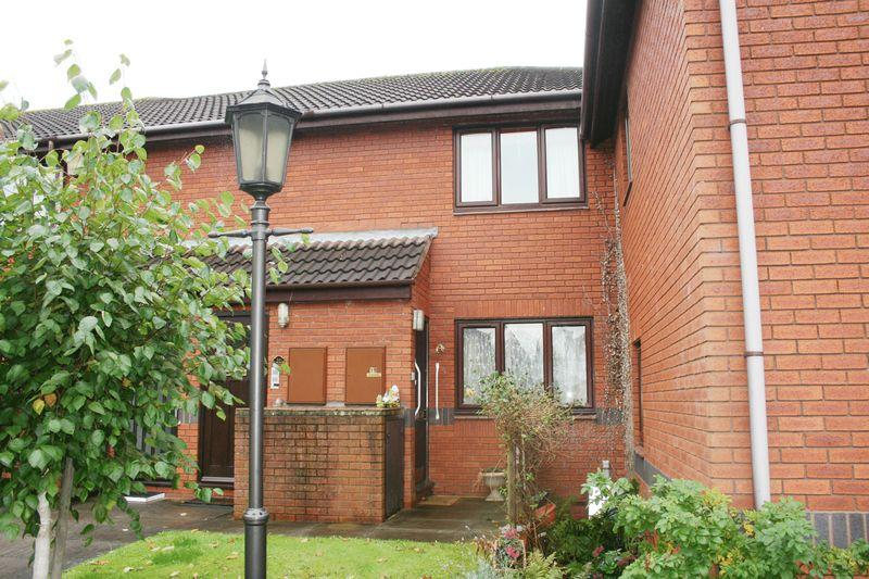 1 Bedroom Apartment Flat for sale in Housman Park, Bromsgrove