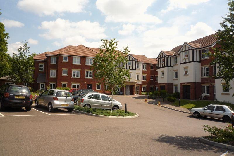 1 Bedroom Apartment Flat for sale in Hadlow Road, Tonbridge