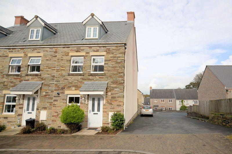 3 Bedrooms End Of Terrace House for sale in Move straight into this modern property!