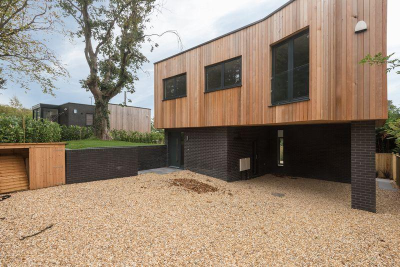 4 Bedrooms Detached House for sale in Brown Twins Road, Hurstpierpoint,