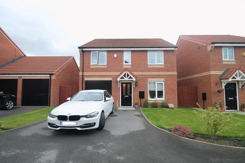 4 Bedrooms Detached House for sale in Maplewood Drive, Normanby