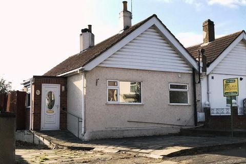 2 bedroom semi-detached bungalow for sale - Dryhill Road, Belvedere