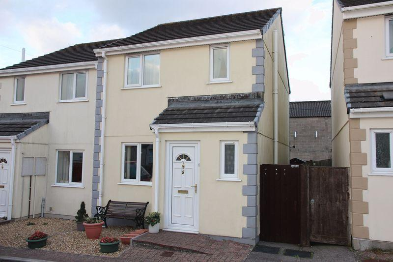 3 Bedrooms Semi Detached House for sale in Chegwin Gardens, Newquay