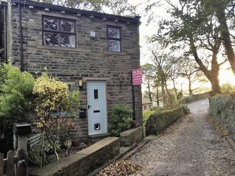2 Bedrooms Cottage House for sale in Green Hill, Warley, Halifax