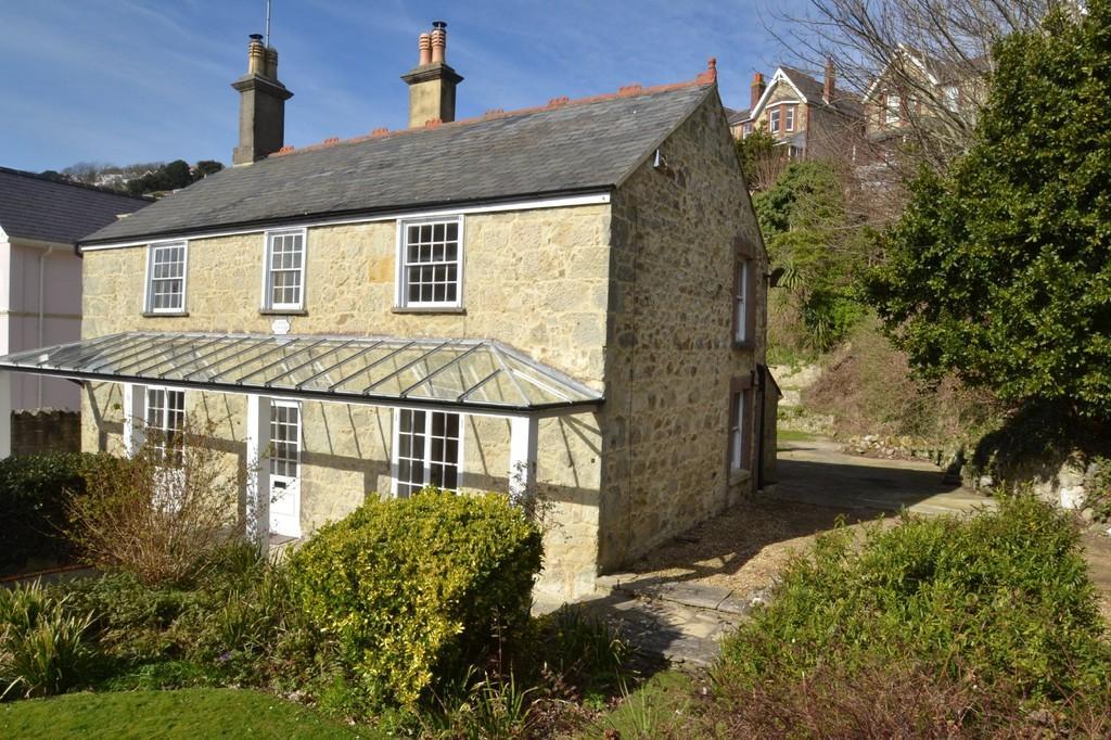 3 Bedrooms Detached House for sale in Belgrave Road, Ventnor