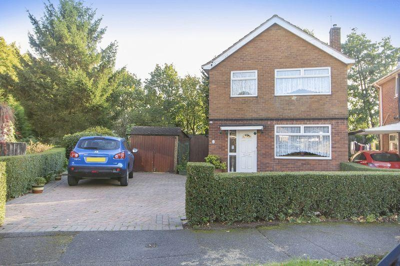 3 Bedrooms Detached House for sale in CAROL CRESCENT, CHADDESDEN