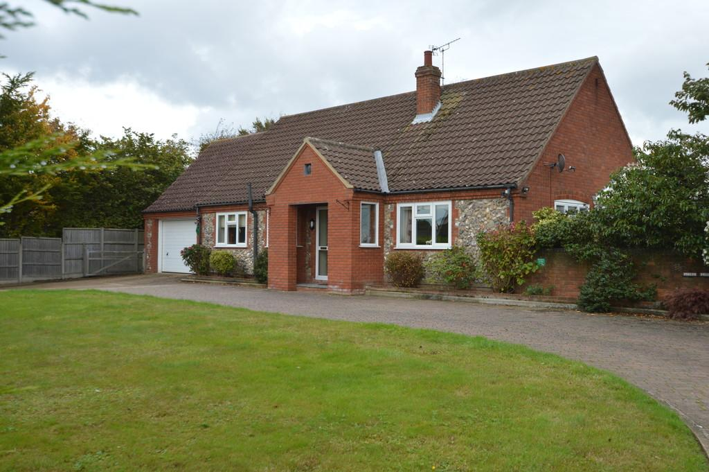 4 Bedrooms Detached Bungalow for sale in Trunch