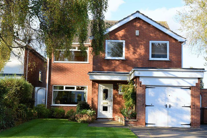 4 Bedrooms Detached House for sale in Woodrow Park, Scartho