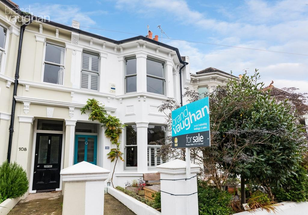 4 Bedrooms Terraced House for sale in Waldegrave Road, Brighton, BN1