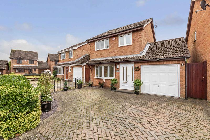 3 Bedrooms Detached House for sale in Kassel Close, Waterlooville