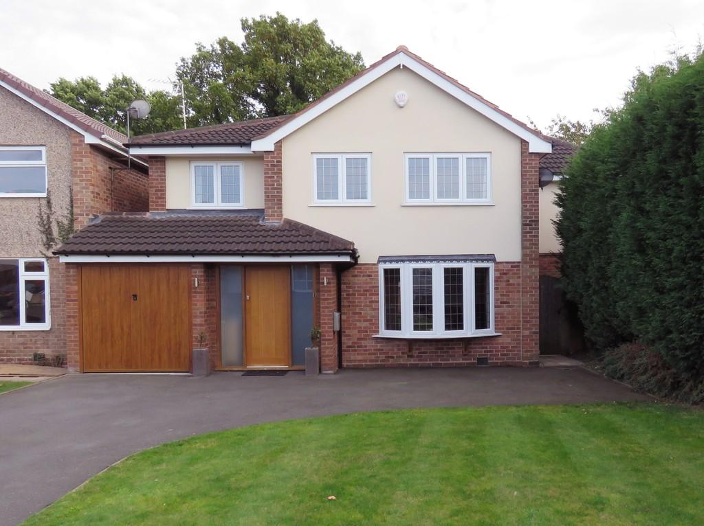4 Bedrooms Link Detached House for sale in Clifton Crescent, Solihull