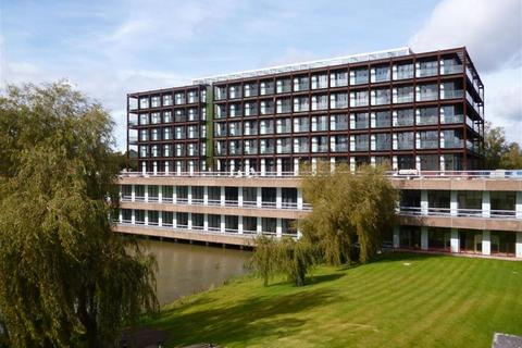 2 bedroom apartment to rent - Imperial Park, Lakeshore, BS13 7BA