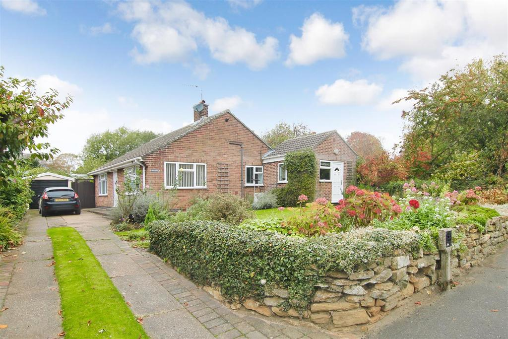 2 Bedrooms Bungalow for sale in The Green, Allington, Grantham