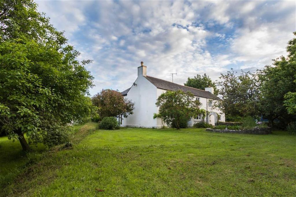 6 Bedrooms Detached House for sale in Cumery, Near Bigbury, Modbury, Devon, TQ7