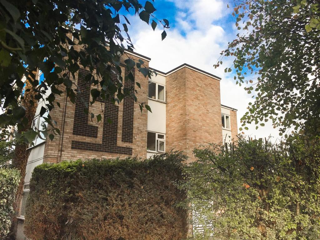 2 Bedrooms Flat for sale in Springfields, Loughborough Rd, Nottingham