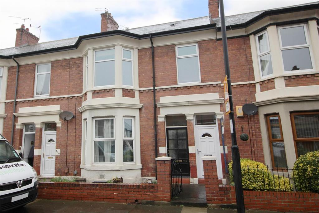 2 Bedrooms Flat for sale in Trevor Terrace, North Shields