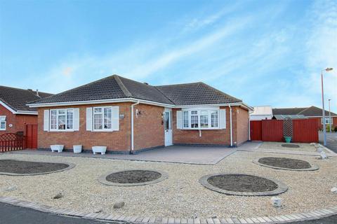 3 bedroom detached bungalow for sale - 27 Marine Avenue West, Sutton-On-Sea