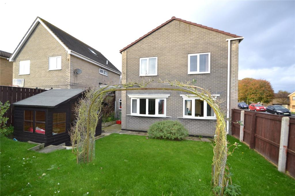 4 Bedrooms Detached House for sale in Southway, Peterlee, Co.Durham, SR8