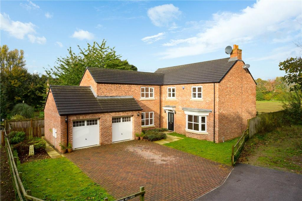 4 Bedrooms Detached House for sale in Church Lane, Skelton, York, YO30