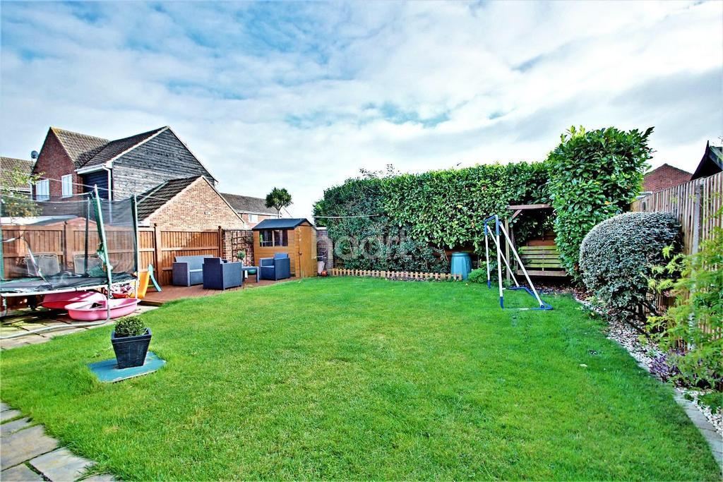 4 Bedrooms Detached House for sale in Aster Close