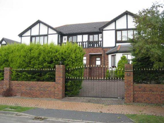 6 Bedrooms House for sale in Manor Park, Onchan, IM3 2EW