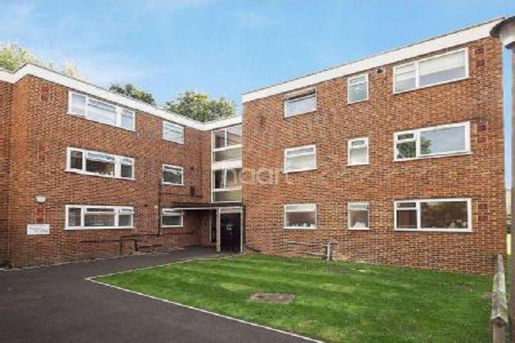 1 Bedroom Flat for sale in Devana End, Carshalton, SM5