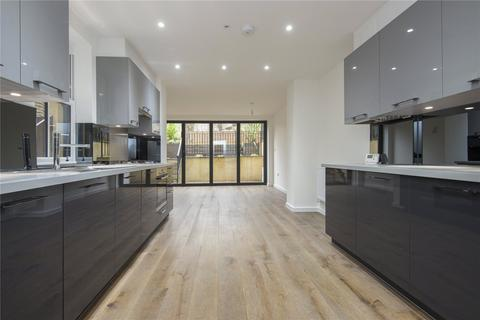 3 bedroom flat to rent - King Edward's Road, London, E9