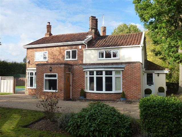 4 Bedrooms Detached House for sale in Grove Road, Woodbridge