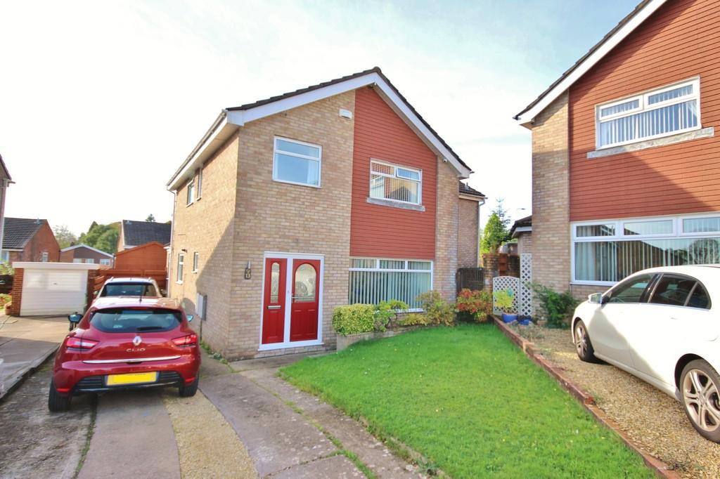 5 Bedrooms Detached House for sale in Pace Close, Danescourt, Cardiff