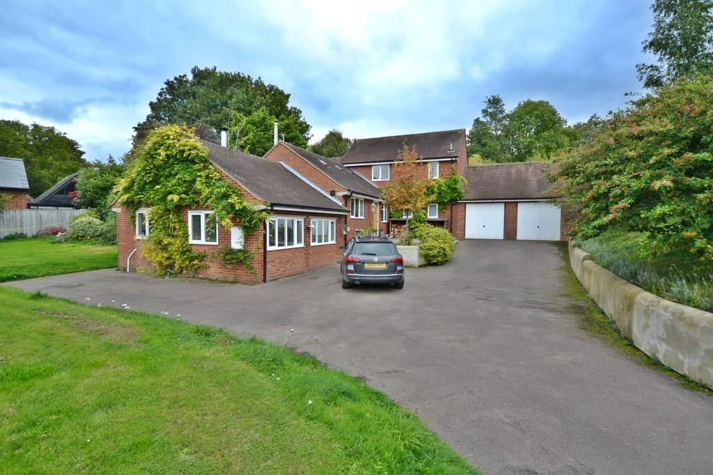 5 Bedrooms Detached House for sale in Wicken Road, Arkesden