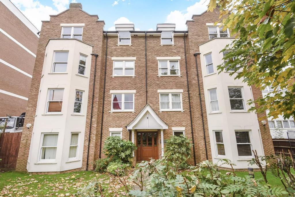 2 Bedrooms Flat for sale in Belmont Hill, Lewisham