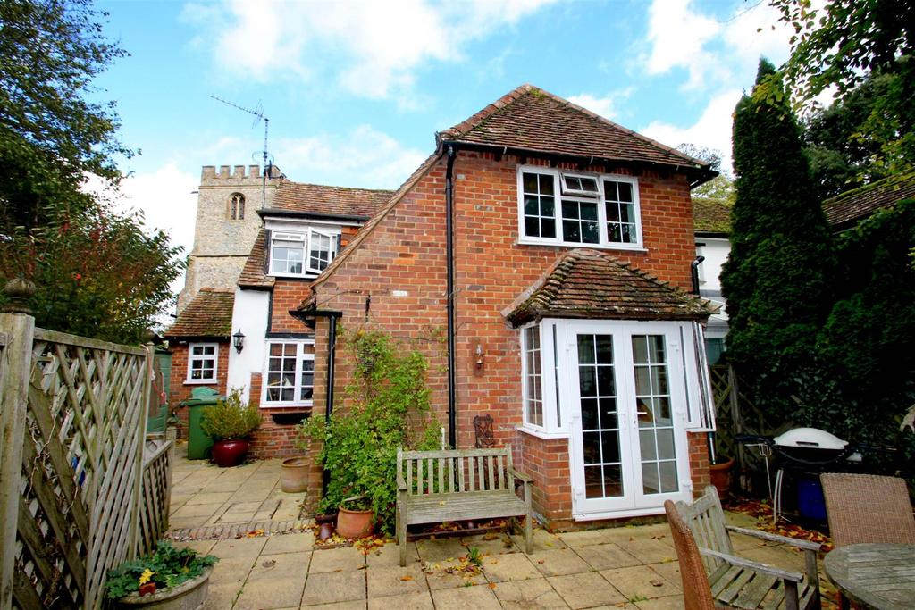 3 Bedrooms Semi Detached House for sale in Church Lane, Lewknor