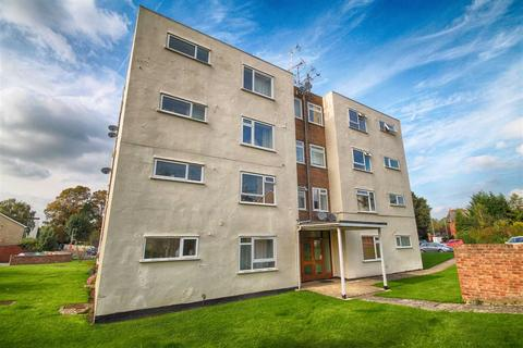 2 bedroom flat for sale - Belworth Court, Hatherley, Cheltenham, GL51