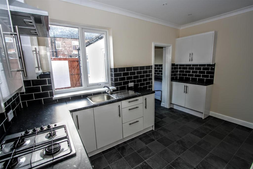 2 Bedrooms Terraced House for sale in Wolsingham Terrace, Darlington