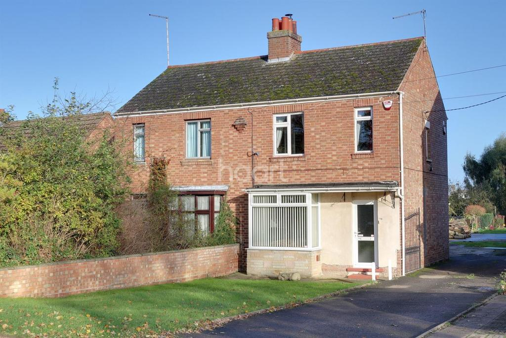 3 Bedrooms Semi Detached House for sale in Chapnall Road, Walsoken