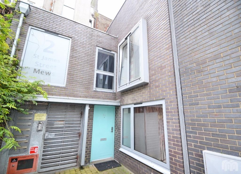 2 Bedrooms Cottage House for rent in St James Street Mews Brighton East Sussex BN2