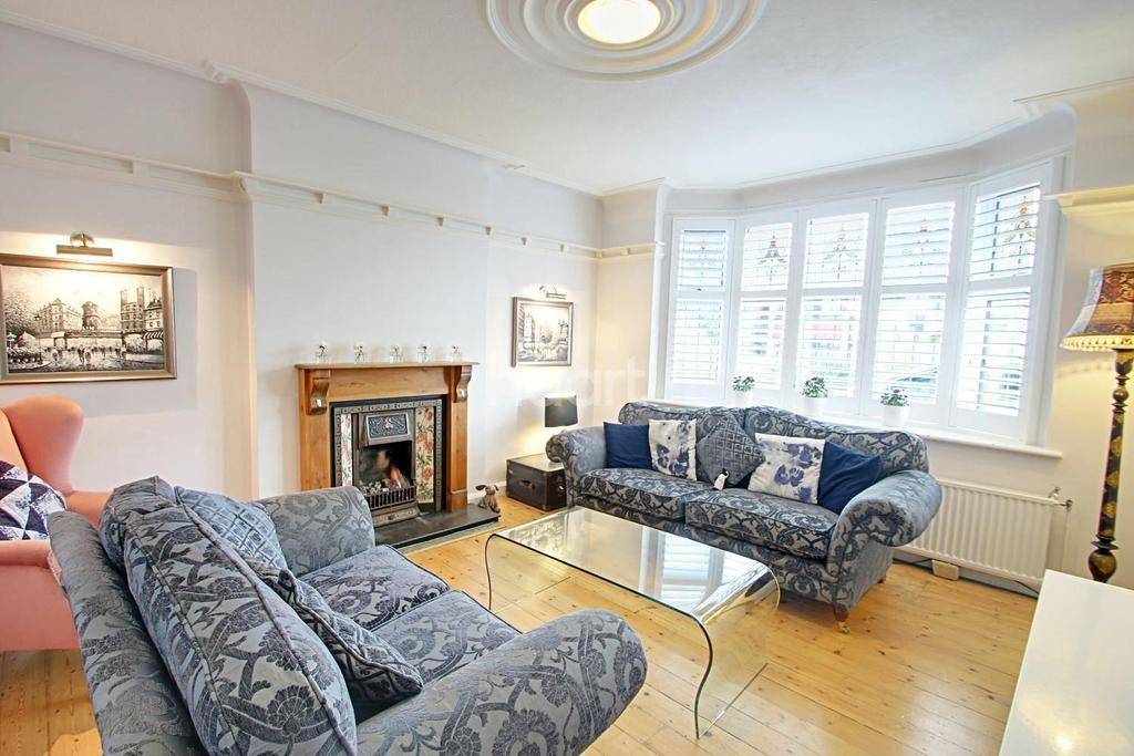 4 Bedrooms Detached House for sale in The Ridgeway