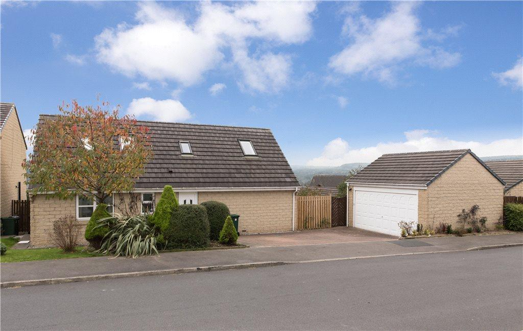 4 Bedrooms Detached House for sale in The Oval, Bingley, West Yorkshire