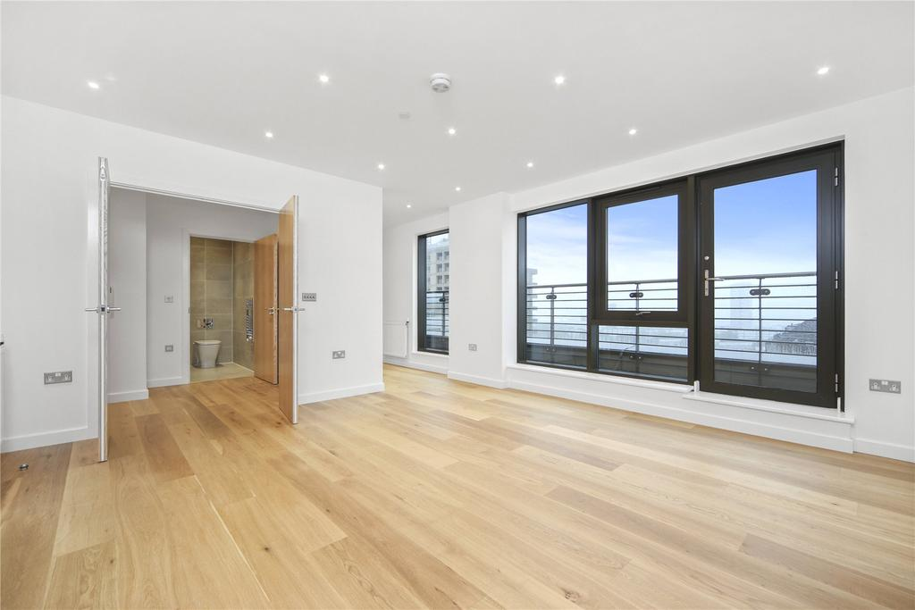 2 Bedrooms Flat for sale in Dockside, Turnberry Quay, Canary Wharf, London, E14