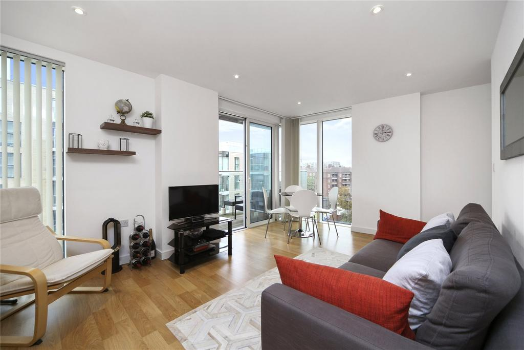 1 Bedroom Flat for sale in Riverside Apartments, Goodchild Road, London, N4
