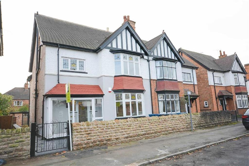 5 Bedrooms Semi Detached House for sale in Sandringham Avenue, West Bridgford