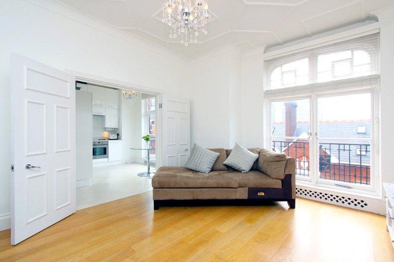 2 Bedrooms Flat for sale in Portman Mansions, Chiltern Street, Marylebone, London, W1U