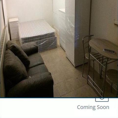 4 bedroom block of apartments to rent - Station Road, Erdington, Birmingham B23