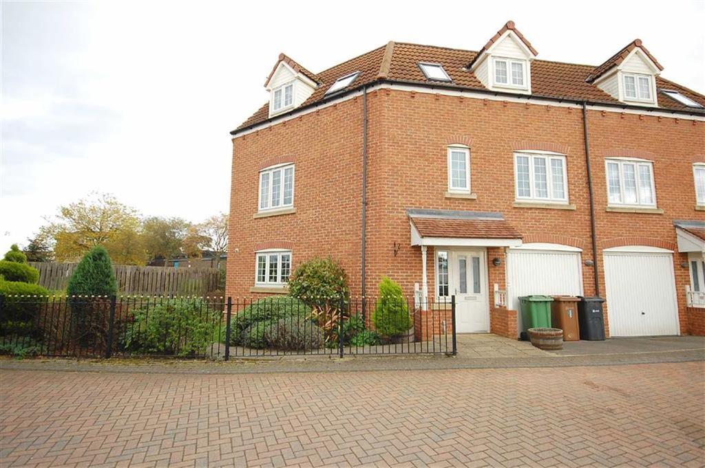 3 Bedrooms Town House for sale in Scholars Gate, Garforth, Leeds, LS25