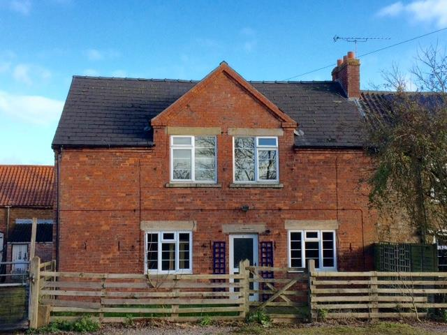 3 Bedrooms Cottage House for sale in Eastwell Road, Goadby Marwood, Melton Mowbray